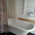 Claw foot tub!