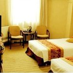 2 Twin Beds Room