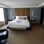 Corner King Room 3021