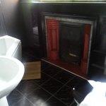 Large bathroom, lovely bath, modern new fixtures
