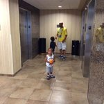waiting for the elevator on the8th floor