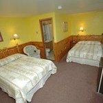 Arbor Inn Room