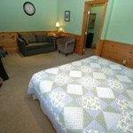 Arbor Inn Room S