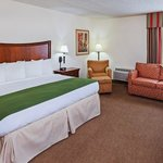 Photo de Country Inn & Suites By Carlson, Tulsa Central