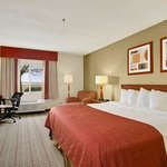 Baymont Inn & Suites Evansville North/Haubstadt