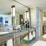 Aspen Mountain Suite - Master Bathroom