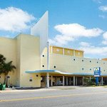 Welcome to Days Inn Ormond Beach Mainsail Oceanfrt
