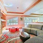 Free WIFI Guest Lounge Holiday Inn Express Meridian Hotel Idaho