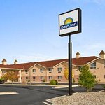 Welcome to the Days Inn Colorado Springs