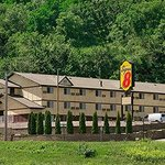 Welcome to the Super 8 Winona MN