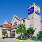 Photo of Baymont Inn & Suites Clute