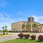 Welcome to the Baymont Inn and Suites Marrero