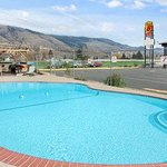 Super 8 Kamloops East