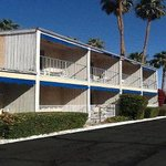Welcome to the Travelodge Palm Springs