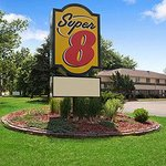 Welcome to the Super 8 Whitewater WI