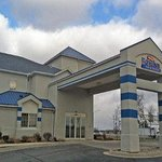 Welcome to the Baymont Inn And Suites Fort Wayne