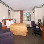 Photo of Baymont Inn & Suites Fort Wayne