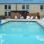 Photo of Days Inn & Suites Tahlequah
