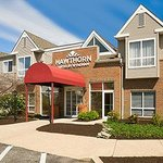 Welcome to the Hawthorn Suites by Wyndham Philadelphia Airport