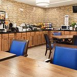 Photo de Baymont Inn & Suites San Angelo