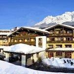 Winteransicht Hotel Leonhard