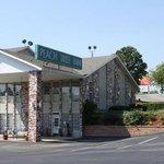 Photo of Peach Tree Inn