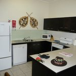 Large, modern kitchen with all mod cons!!