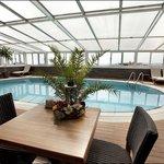 Hotel Zurich Pool