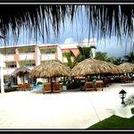 Zona nueva royal suite turquesa piscina