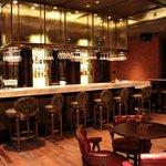 Liquor Factory (English style bar)