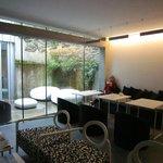 Lounge & internal courtyard