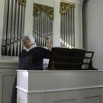 Marvelous Pipe Organ Demonstration