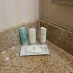 shampoos & soaps