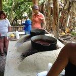 Visita a casa rural y preparación de cacao