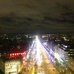 Champs Elysees vista do Arc de Triomphe