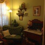 Magnolia Room sitting area