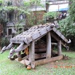 Cotu tomb house
