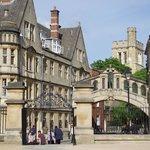 Oxford - famous bridge