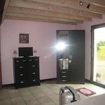 la grande chambre de la suite chambre rose