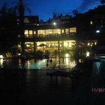 Vista del hotel desde la pileta