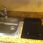 spacious sink with 2 burner stove