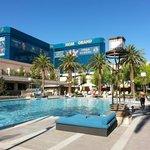 MGM Pool