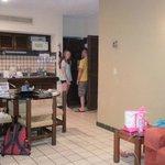 Dining room, kitchenette