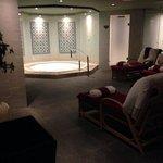 Indoor hot tub & Sauna