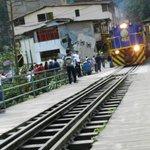 LLegada del tren a la estación de Aguas Calientes