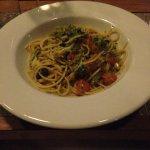 Spaghetti con polpa di ricci e Broccoletti