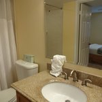 2nd bathrooom