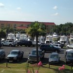 View of the parking in front of the hotel.