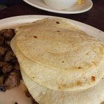 Arracheras (carne asada) plate, aprox five tacos