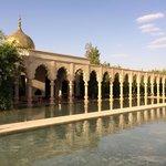 Palais Namaskar... Impressive gardens and lakes!!!